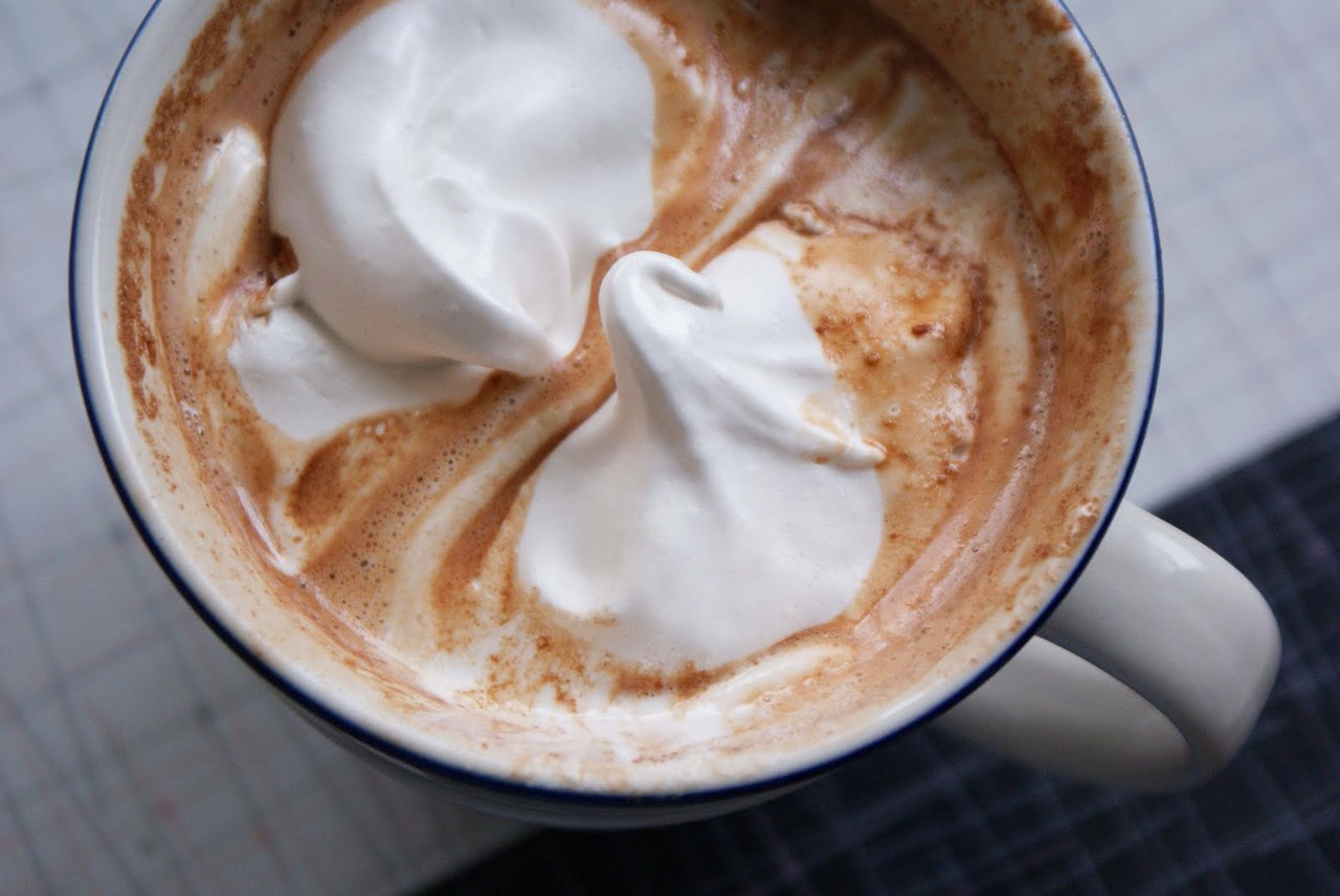 lilacid:  hot chocolate is my love