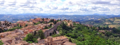 New listing: Housesitter / Petsitter needed in Perugia, in the Umbria region of central Italy. Details: The Caretaker Gazette's latest email broadcast. www.caretaker.org