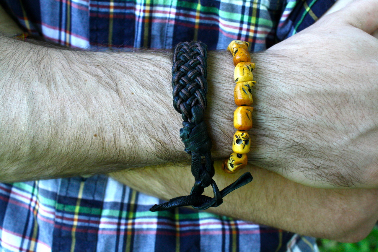 dvnctzns:  thetieguy:  I was recently gifted a selection of unisex bracelets from California designer Ray Licardo. They come in their own drawstring pouch and are super comfortable. I especially like the small leaf detail on each wooden bracelet. Currently in mens fashion bracelets are big. I'll be wearing these beaded bracelets as well as the leather one all summer. Check out his website at dvnctzns.tumblr.com. Cheers Ray!  Thanks a lot Taylor for the product review!  We really appreciate your awesomeness and am looking forward to working with you for future potential projects.  Very honored to be featured on a fellow menswear blog, thetieguy.tumblr.com!