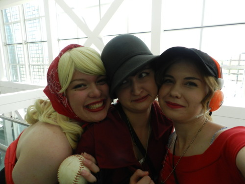 timelordlaura:  Bunni, me, and Morgan as genderbends of Heavy, Soldier, and Scout.  Soldier is uncomfortable.