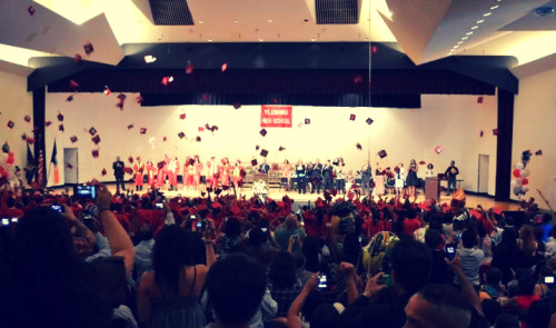 keepitclassyyx3:  CLASS OF 2012 ♥   Made it.