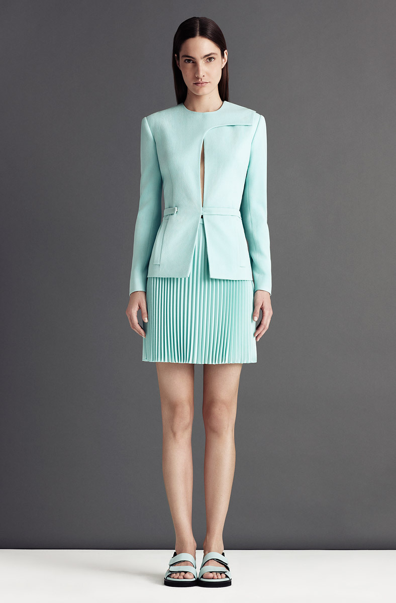 Christopher Kane Resort 2013 Elegancia futurista. ….. Christopher Kane Resort 2013 Futuristic elegance.