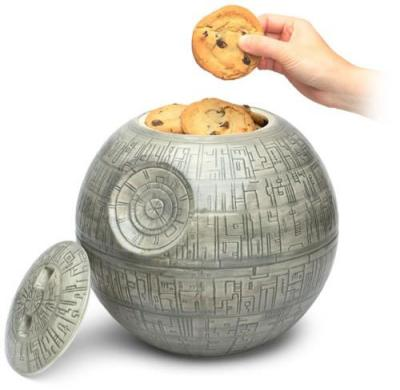 I like cookies and star wars! Now where is this from as I want one!