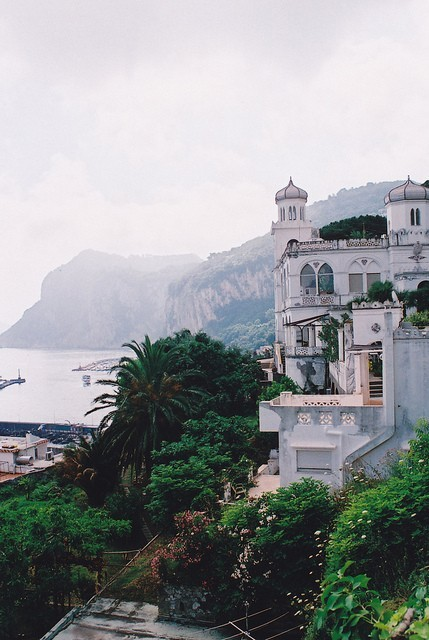 foxontherun:  (via Places / Capri, Italy / photo by Monica Forss)