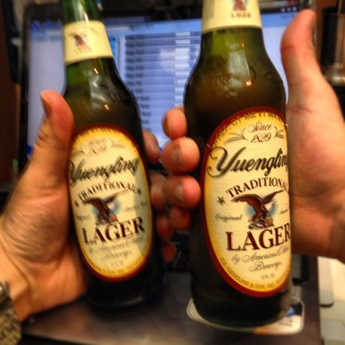 Makes inventory a little easier. #shamansden #fuxwidit #yuengling #piercing  (Taken with Instagram at The Shaman's Den Body Arts)