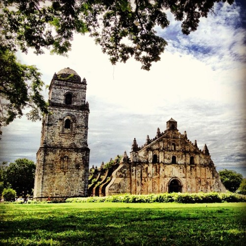Paoay #church, #Ilocos #architecture #travel #voyage #philippines  (Taken with Instagram)