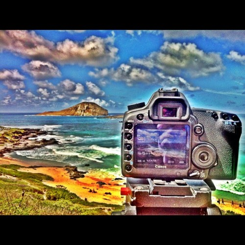 Capturing some b-roll #hawaii #canon #5dmarkii #konova (Taken with Instagram at Makapuu Lookout)