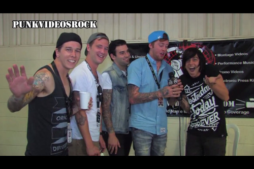foreversleepingwithhsirens:  Sleeping With Sirens why are they so ajksbaksba perfect