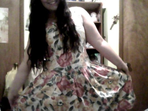I found this dress at the thrift store today so yay.