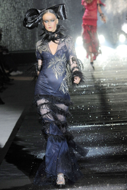 seaborder:  John Galliano Fall Winter 2010 Ready-to-Wear