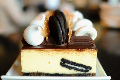 aperture24:  can't get enough?? here is another oreo cheesecake :-)