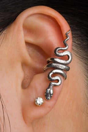 eclairs-for-models:  PRODUCT REVIEW FOR MARTY MAGIC'S BRONZE SNAKE EAR CUFF. What I love about it: This ear cuff is so beautiful because it's full of details.  The cuff has little scale marks and the snake face looks real!  Unlike a lot of long ear cuffs, this one doesn't make you look overpowered by it.  The length is perfect, not too long and not too short.  The distance from your earring allows you to wear a pretty big earring with this cuff.  I adore this!\ Where to buy it: https://www.etsy.com/listing/86624375/bronze-snake-ear-cuff