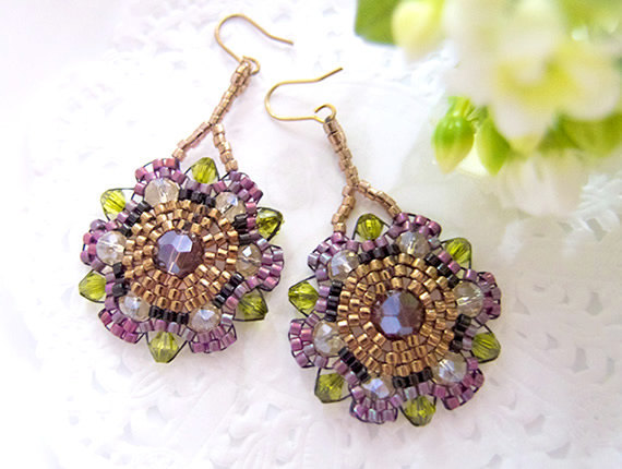 Bohemian flower earrings ~ chic!Purple Beaded flower earrings by JeannieRichard
