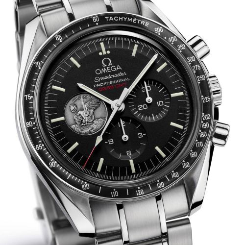 "The Apollo 11 Anniversary Moon Watch Commemorates 40 Years Since The Apollo 11 Landed Neil Armstrong On The Moon Taking The First Step On July 21 1969. This #Omega Watch Was Flight-Qualified For Manned #Space Mission By #Nasa In 1965. watchkeeper:  OMEGA Speedmaster (42mm) - Professional ""Moonwatch"""