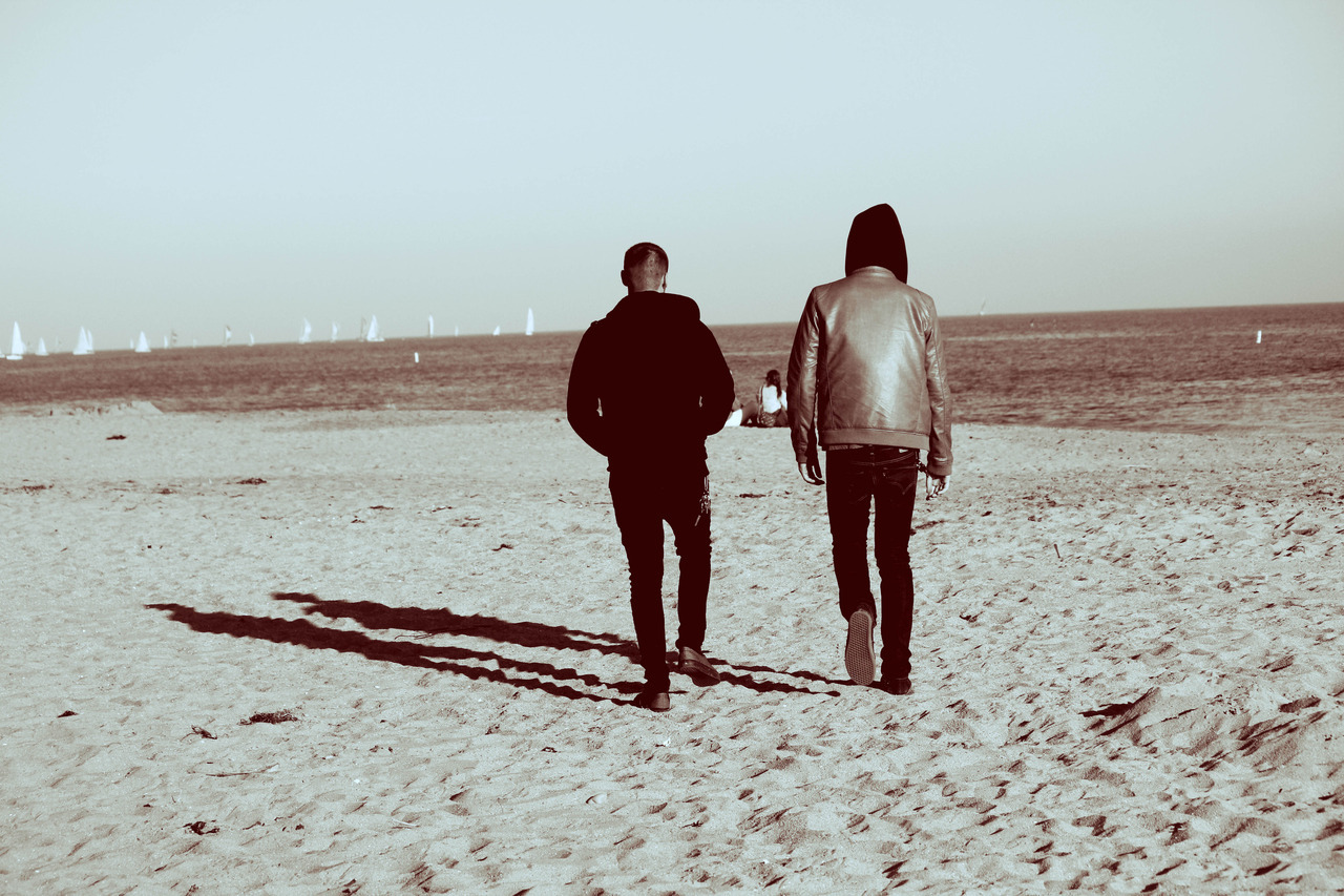 zaralouiseb:  Beach Walks