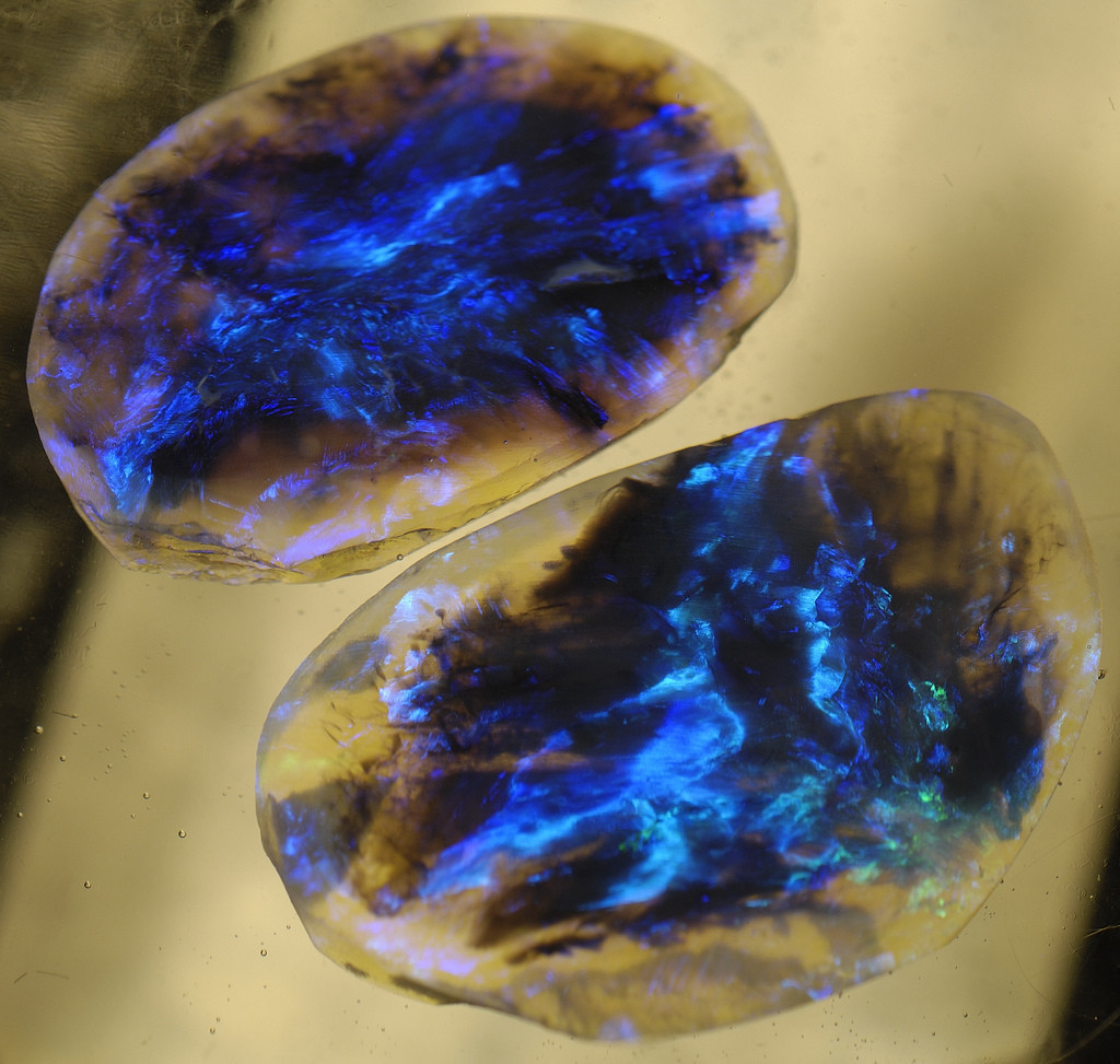 Black Opal from Lightning Ridge, Australia