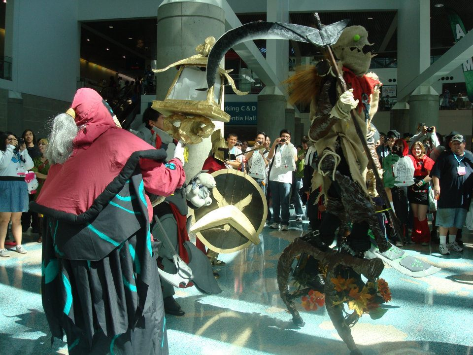 potato-bender:  This Fiddlesticks, Jax, Darius and Pantheon are at AX. I think Leo (poisonpear) would enjoy this. :D