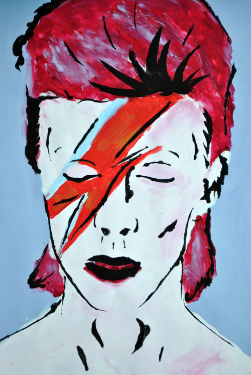twigthewonderkidd:  Aladdin Sane Portrait - Stenciling/finger painting  definitely one of my favorite pieces that i have ever done, it was part of my A2 level coursework project that was based on the connection between self-portraits and iconic images.  I can now flaunt all my work all over the internet because all my work from this past year has offically been marked. Hurrah!