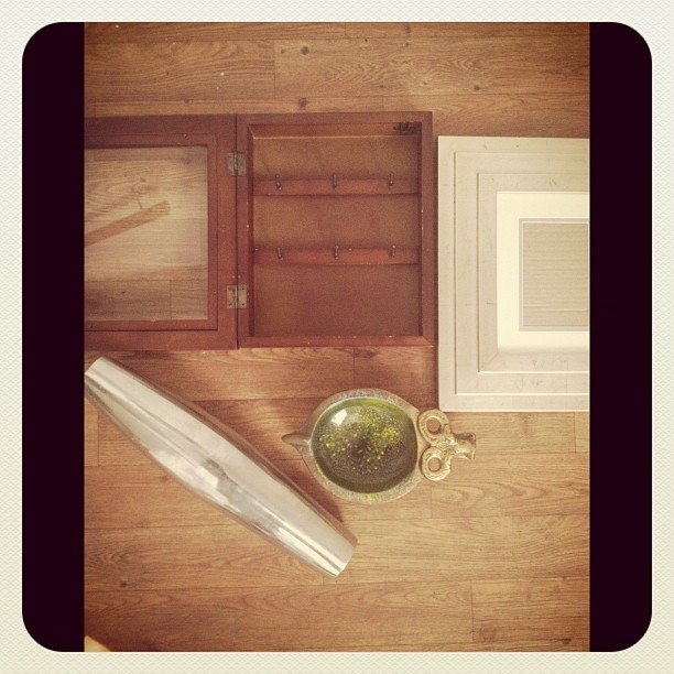 Yard sale score. Pottery Barn key box. Metallic frame. Ram dish (for my rings) 3 matching silver vases. $7. #scavengerhunter (Taken with Instagram)