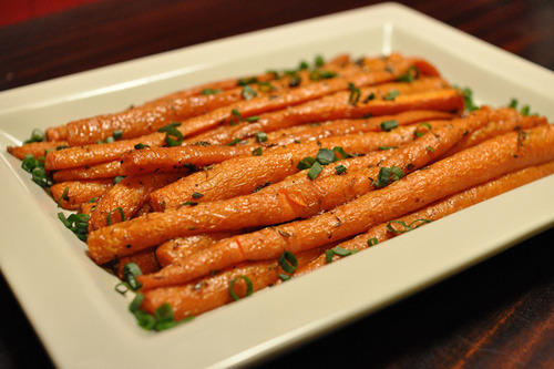 beautifulpicturesofhealthyfood:  Roasted carrots….RECIPE
