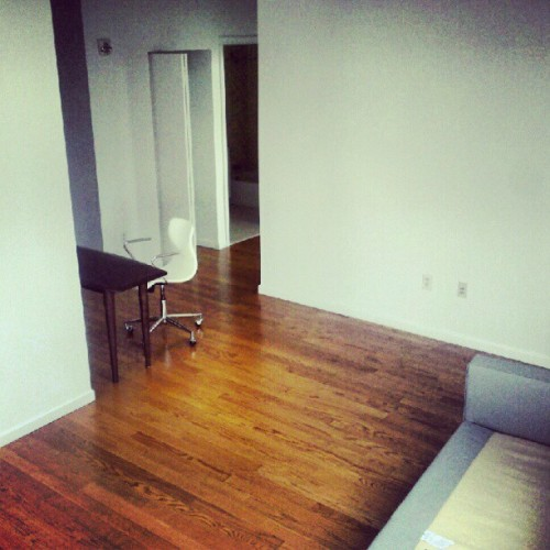 All thats left #moving # empty #apartment  (Taken with Instagram)