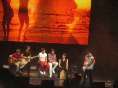 The boys in Tampa with Josh and Sandy((: