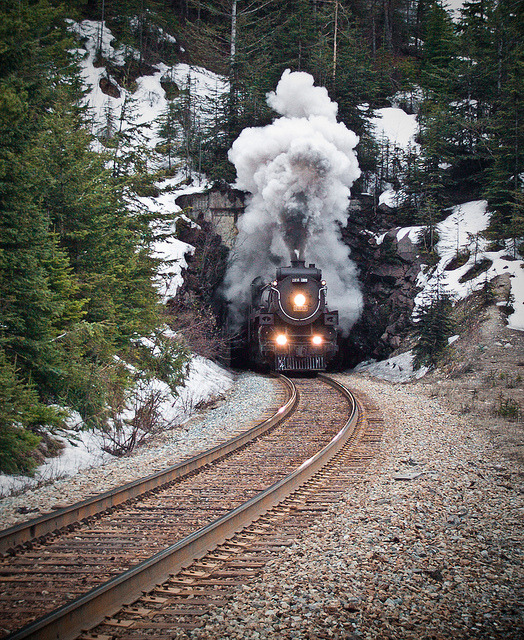 canada-pop:  CP 2816 Emerges from Mt. Stephenson Tunnel by Geoff S. on Flickr.