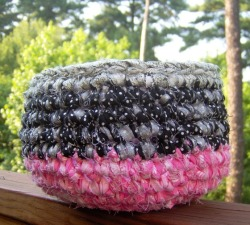Pink and Black Crochet Basket from designsbydewaltz via (copious)