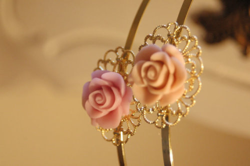 Flower Headband by Shablulit Shop