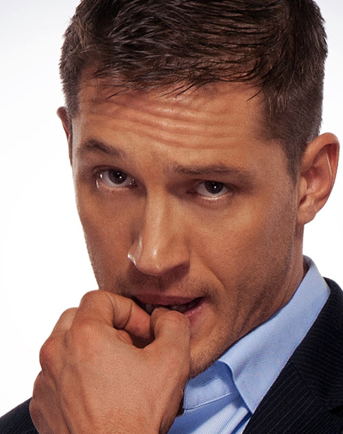 OMG TOM HARDY.  OMG. Those eyes.  The way he's biting his finger.  Omg.