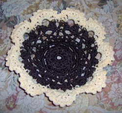Coffee and Cream Crocheted Candy Dish from designsbydewaltz via (copious)