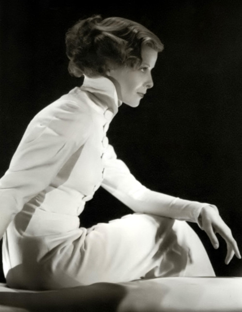Katharine Hepburn in Christopher Strong