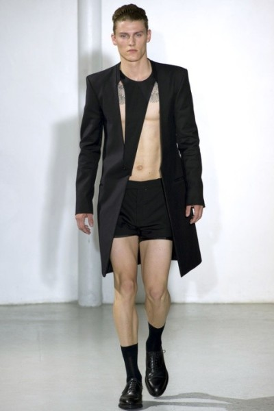 homotography:  Mugler Man SS13 Show  Summer is to show some skin!!!