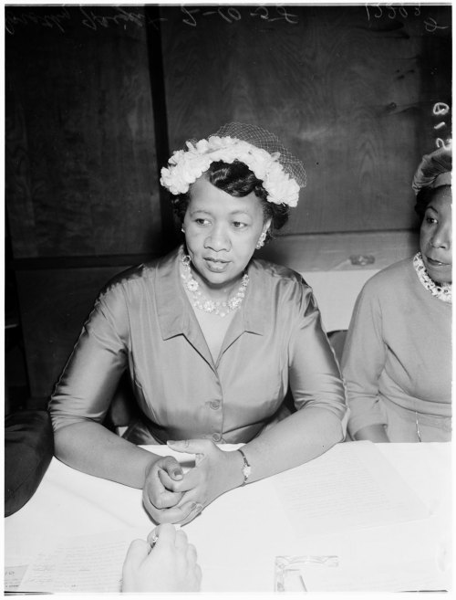 Press conference, 10 February 1958. Dorothy L. Height (national president of National Council of Negro Women) Photographer: Snow University of Southern California, Los Angeles Examiner Collection