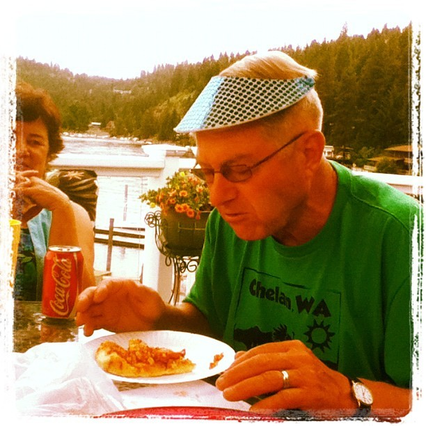 Grandpa like a boss(: #grandpa #dork #pizza #eating #food #lakeday #oldfart #grandparents #dinner #likeaboss #visor #silly #ha #summer #sunny #warm #cda #yum (Taken with Instagram)