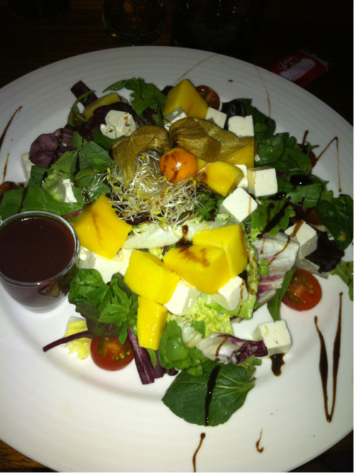 Crazy mango feta salad… When in Spain?