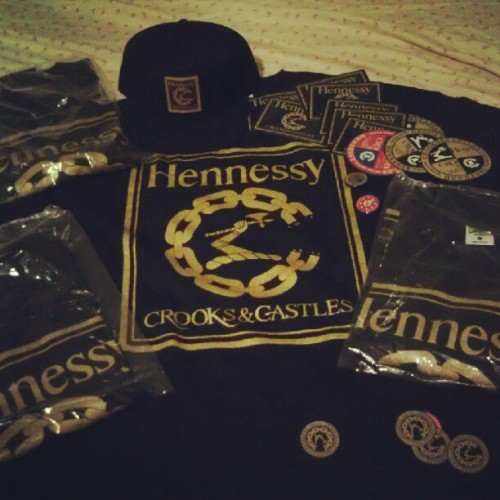 #Hennessy #CrooksandCastles #squaddddd #crooks #stickerbomb (Taken with Instagram)