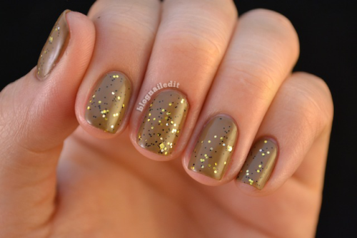 blognailedit:  The Glitter So Nice I'll Show You Twice