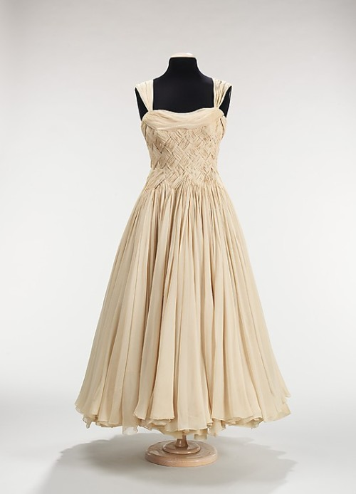 Dress Jean Dessès, 1955 The Metropolitan Museum of Art