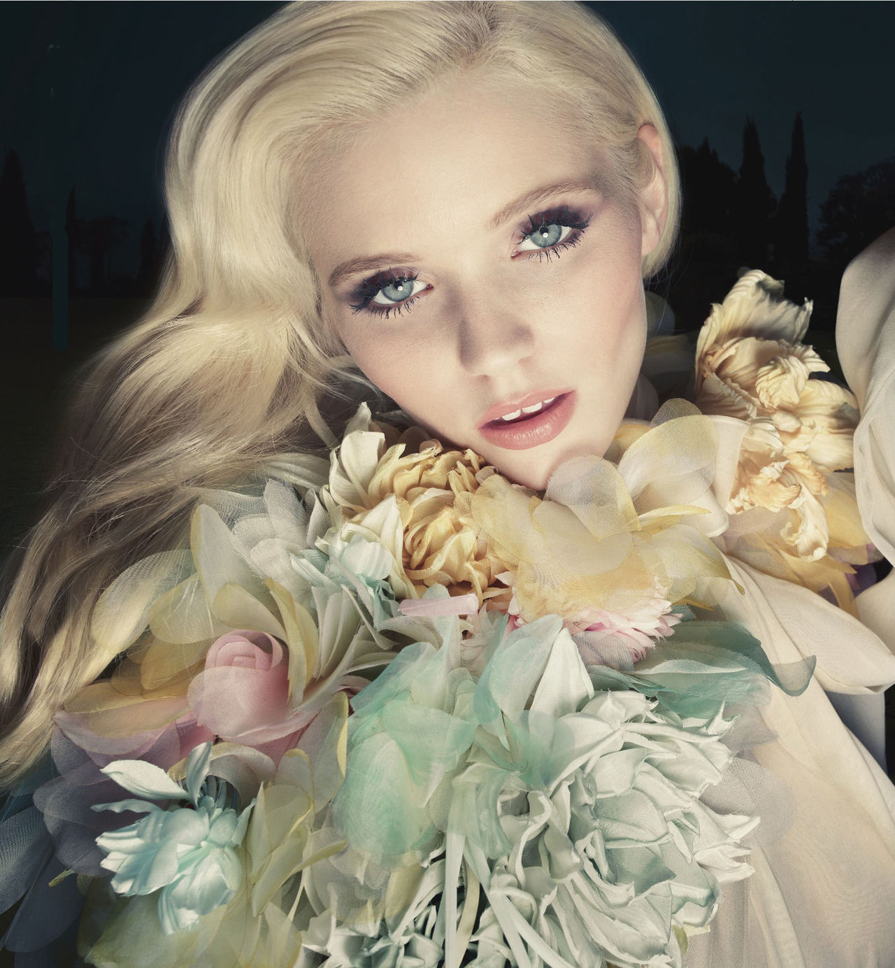 Abbey Lee Kershaw by Sølve Sundsbø for Gucci Flora