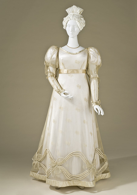 omgthatdress:  Dress 1825 The Metropolitan Museum of Art