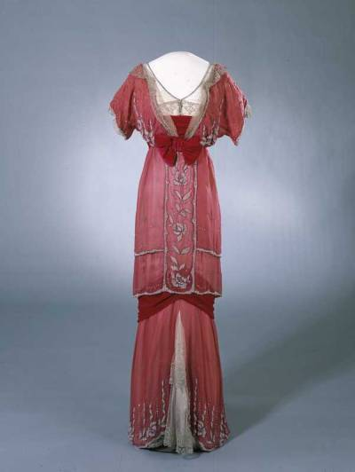 omgthatdress:  Dress 1910-1913 Nasjonalmuseet for Kunst, Arketektur og Design