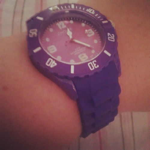 #new #watch #colour #purple #love  (Wurde mit Instagram aufgenommen)