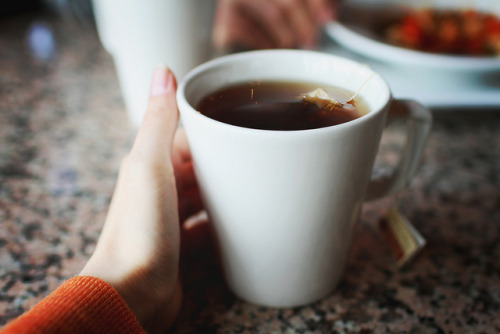 te4cup:  Warming The Hands by Simply Stardust on Flickr.