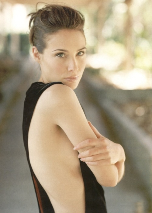 thisfemaleform:  fleshandblonde: Plus Claire Forlani's Birthday too