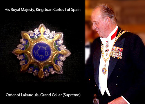 Happy Philippines-Spain Friendship Day! His Majesty King Juan Carlos I of Spain wearing the little trinket I designed. This is one of my proudest works with @mlq3