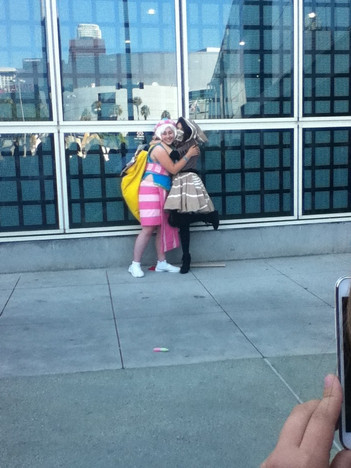 here are a few pics i took at anime expo (omg it was so much fun