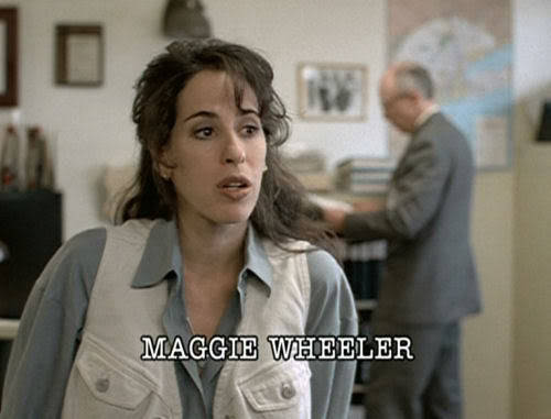 OH MY GAWWDDDD! Here's Maggie Wheeler on the The X-Files! She played a Buffalo, NY Police Detective, a far cry from our beloved Janice. Even if she didn't look just like she did when she filmed Friends, though, anyone would have recognised her from her voice! Thanks for the submission, billy-jean-the-killer-queen! Follow us on Twitter @ISpyAFamousFace!