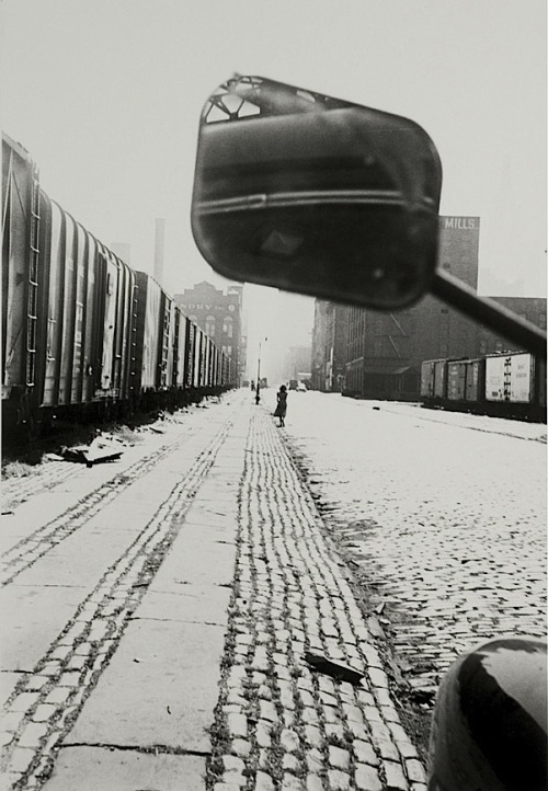 Robert Frank  NYC on 33rd and 11th Ave, 1949