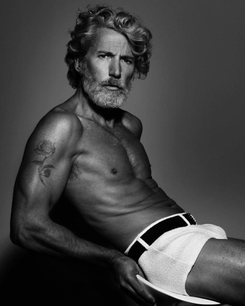 accidentalbear:  (via Stunning Aiden Shaw Photographed by Marcos Domingo Sancez)